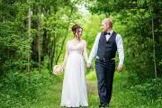 Свадебная фотосессия в фотостудии и парке