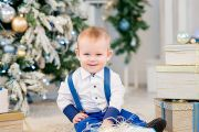 Новогодняя детско-семейная фотосессия в фотостудии